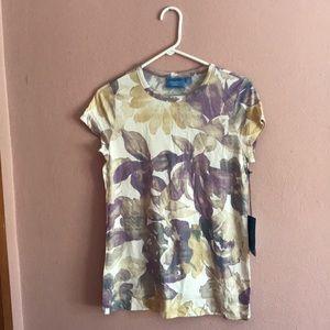 Vera Wang shirt. NWT